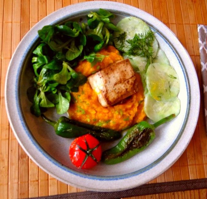 Kürbispüree,Tofu,Salate (2)