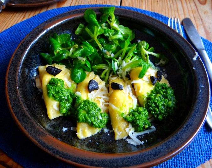 Ravioli,Pesto,fermentierter Knoblauch (13)