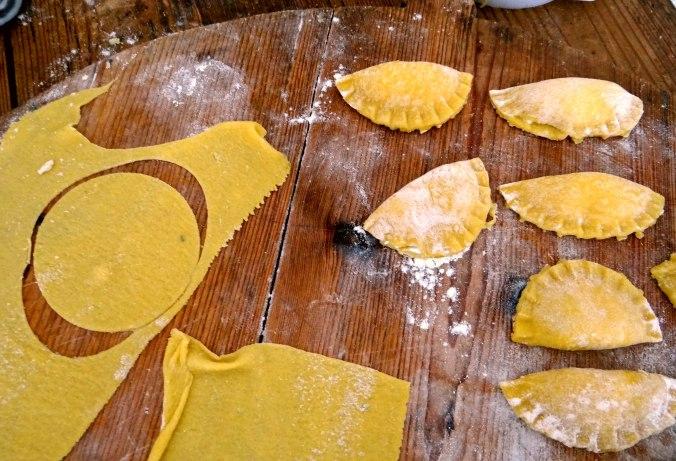 Ravioli,Pesto,fermentierter Knoblauch (8)