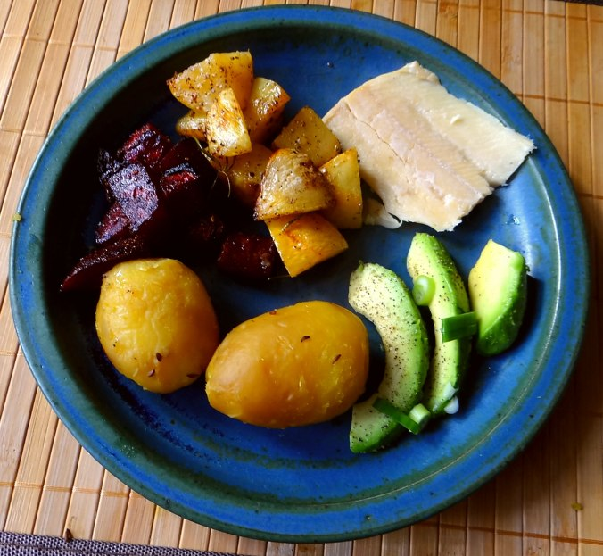 Rote Rübchen,Rote Beete,Pellkartoffeln (10)