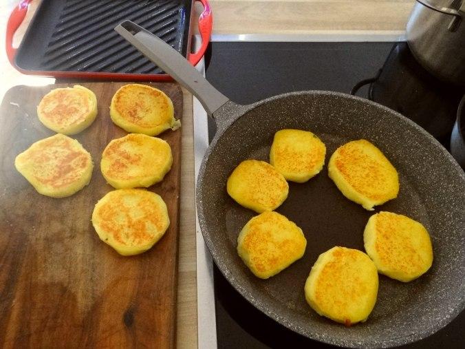 Kartoffel Taler,Guacamole,Gemüse (12)