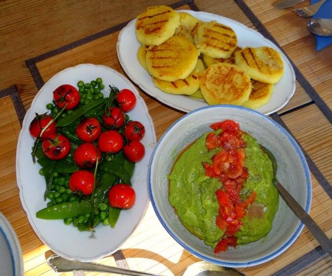Kartoffel Taler,Guacamole,Gemüse (14)