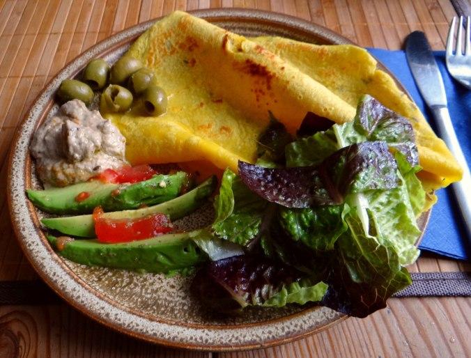 Kichererbsenmehl Pfannkuchen und Baba Ganoush (1)