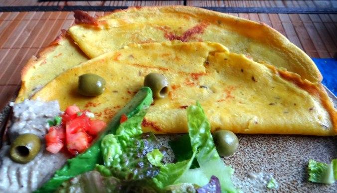 Kichererbsenmehl Pfannkuchen und Baba Ganoush (3)