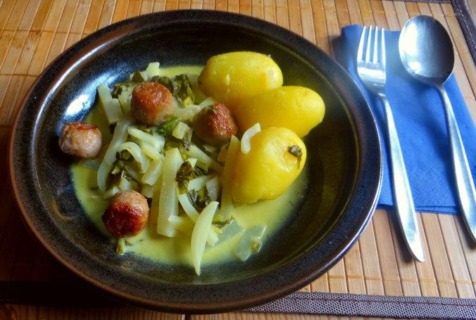 Mairübchen,Mettbällchen,Kartoffeln,Obstsalat (1)