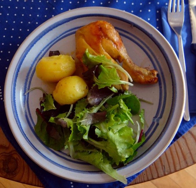 Mais Poularde,Salat,Birne in Rotwein (13)