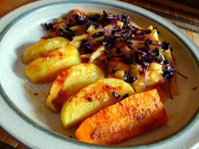 Pastinaken,Ofenkartoffeln,Obstsalat (16)
