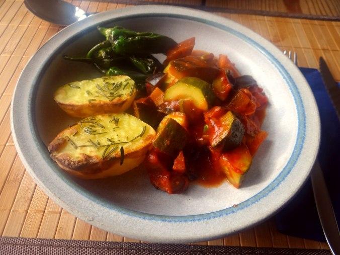 Ratatouille mit Rosmarinkartoffeln (12)