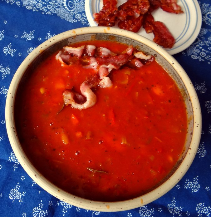 Bohnen-Tomatensuppe mit Bacon (13)