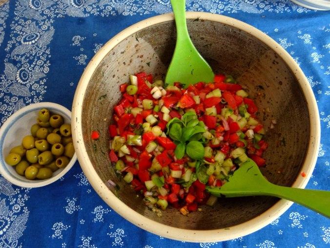 Israelischer Salat und Ofenkartoffeln (10)