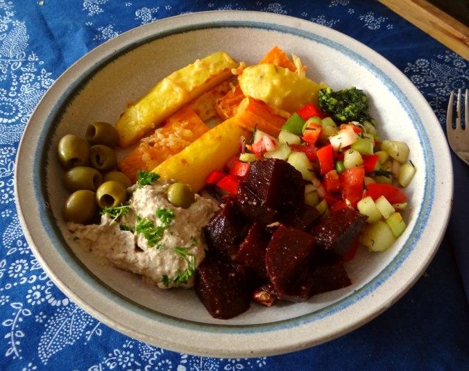 Israelischer Salat und Ofenkartoffeln (15)