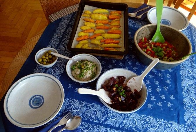 Israelischer Salat und Ofenkartoffeln (4)