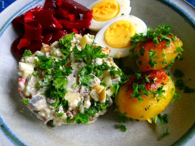 Matjes Tatar und Petersilienkartoffeln (3)