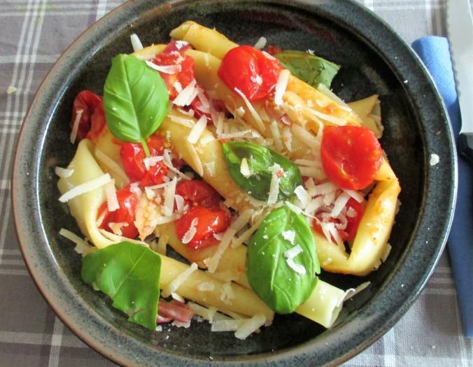Candele,,gedünstete Tomaten (2)