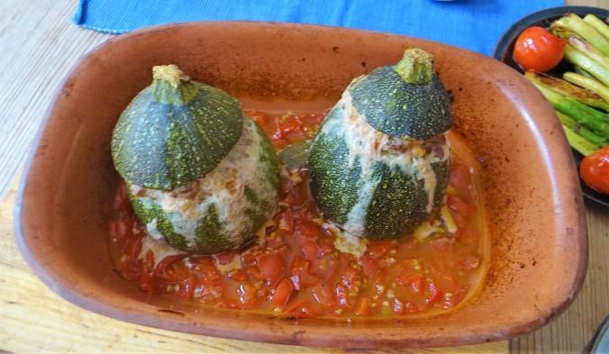 Gefüllte Zucchini,grüner Spargel,RiiJiiBasmati Reis (9)