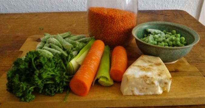Gemüsesuppe mit roten Linsen (4)