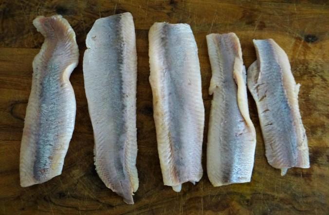 Marinierte Heringe,Salate,Pellkartoffeln (4)